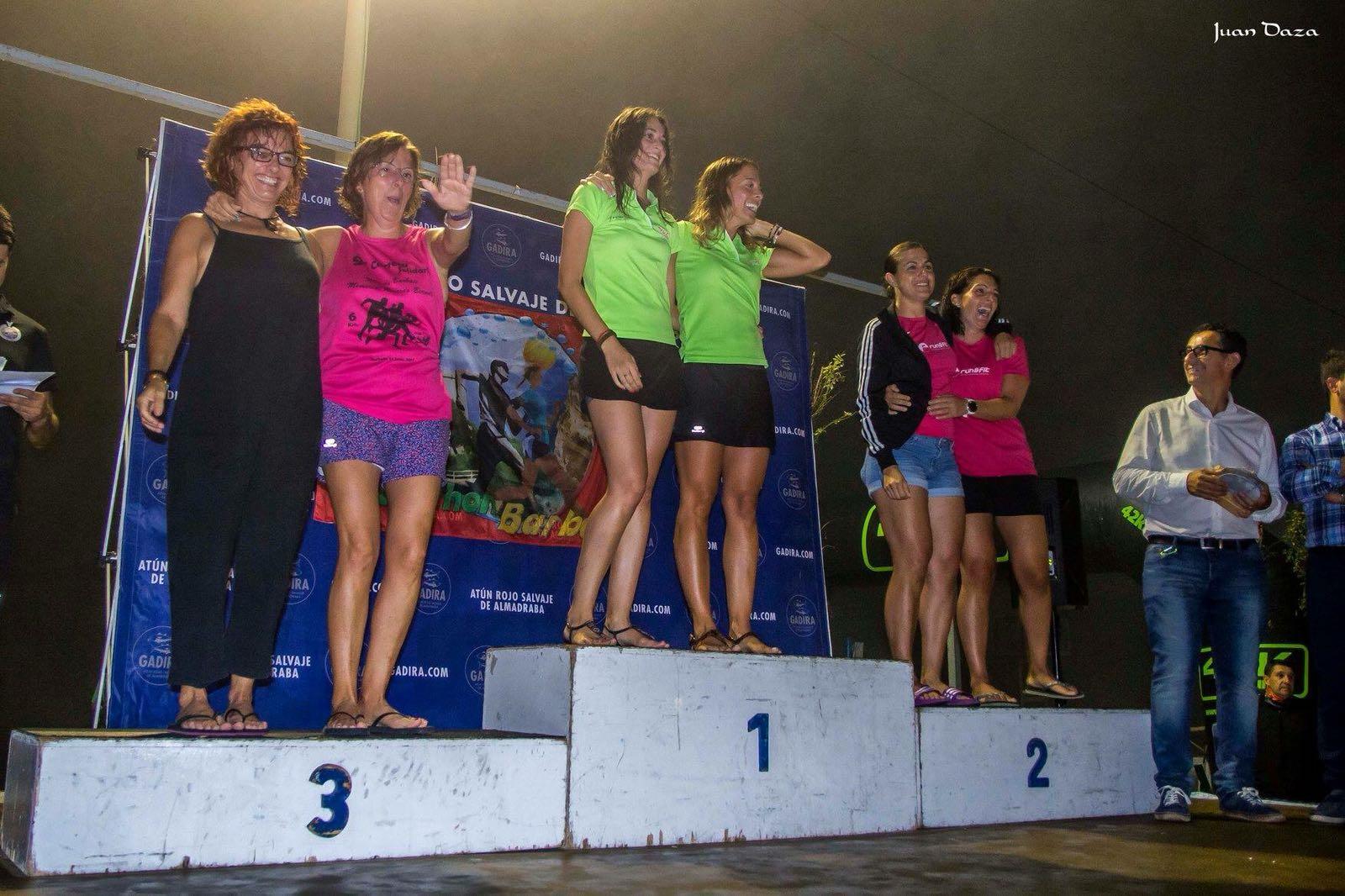 Excelentes Rebeca y Mar vencedoras por parejas en el «V Trail  Moon  Barbate»