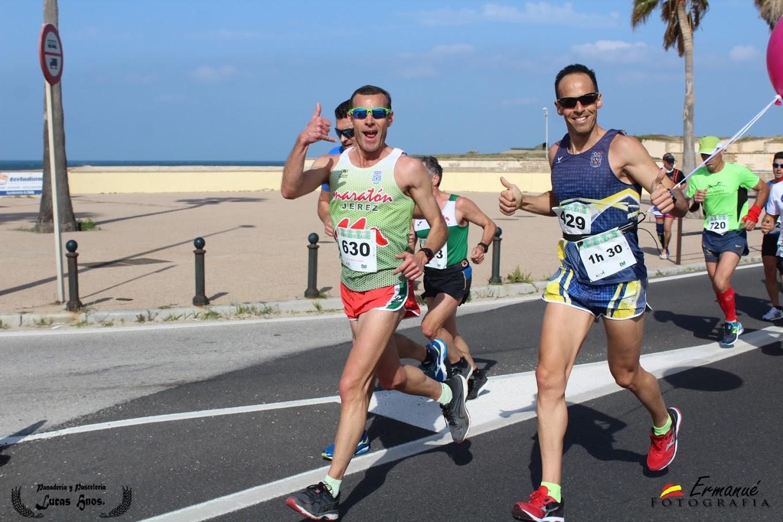 Jose Corrales, Fco. Calvo y Miguel A. Lara participaron en l «XXXIII Media Maraton Bahia de Cadiz»